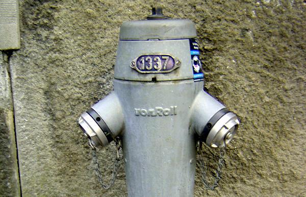 1337-hydrant
