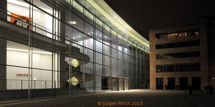 Nürnbergs Kunstmuseum - Nachtaufnahme