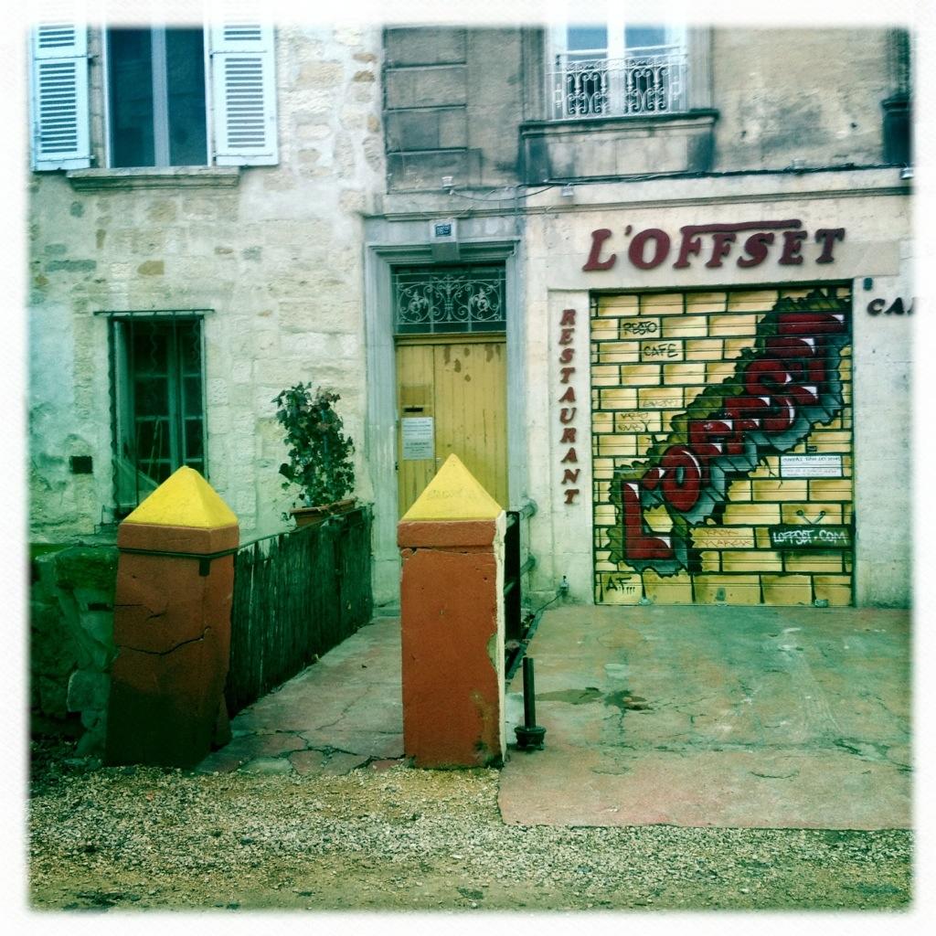 Straßenszene in Avignon