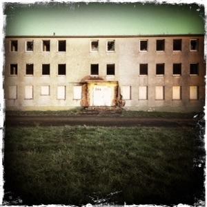 Ein verwüstetes verlassenes Militärgebäude in Zweibrücken