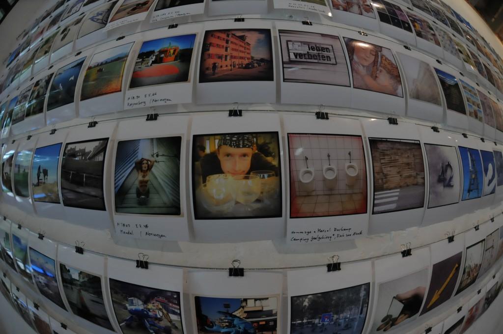 Offene Ateliers 2014 Rinckenhof - Polaroid-Installation - Selfie