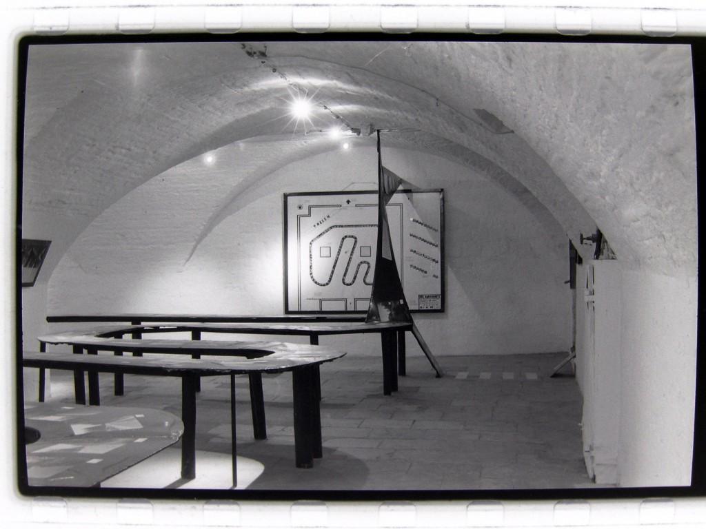Kapschnitt Fotoinstallation 1995, Galerie Walpodenstraße, Mainz