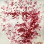 Mit vielen kleinen roten Strichen entsteht ein Gesicht. Darüber die Schrift Debout Ensemble