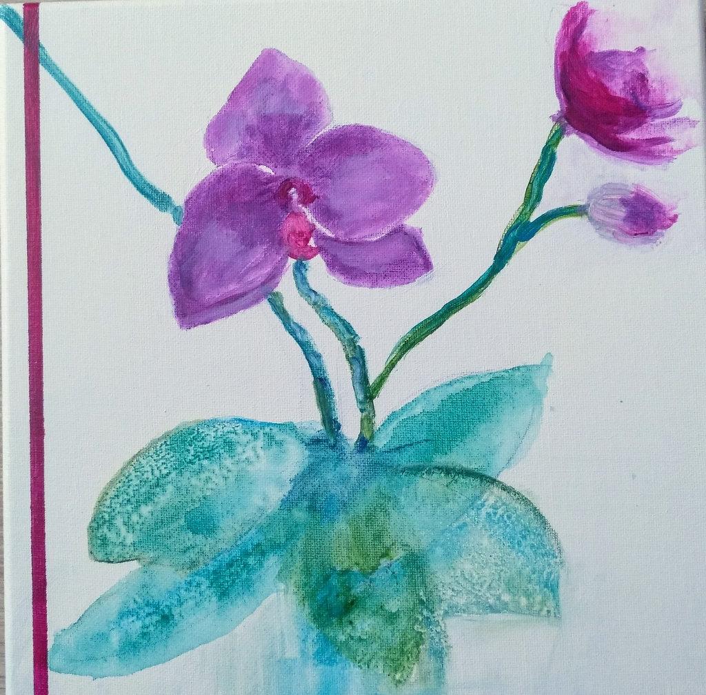 Lila Blumen mit rankenden Stilen.