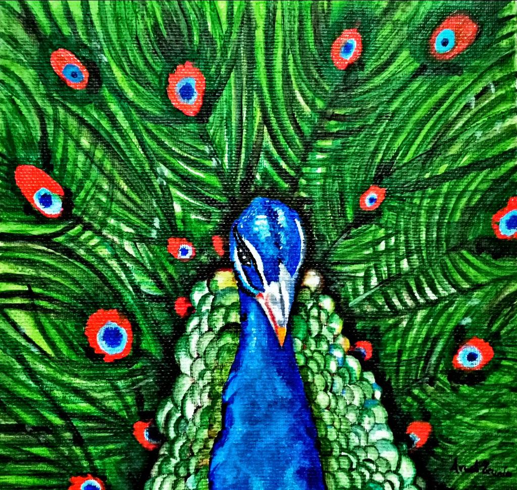 Ein blauer Pfau vor seinem günen Gefieder, aus dem rote Punkte zieren.