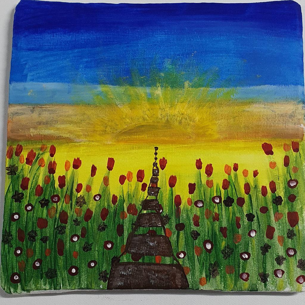 eine Art Strickleiter führt horizontal durch ein Blumenfeld auf eine aufgehende Sonne zu.