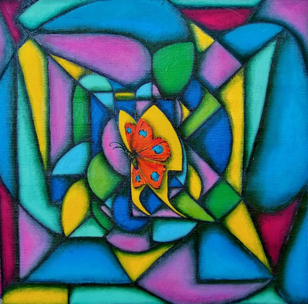 Buntes Gemälde Schmetterling im Kern vor einem Mosaik.