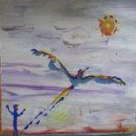 Ein bunter Vogel steigt auf in den Himmel. Am Boden ein Mensch wie ein Einweiser auf einem Flugzeugträger. Die Sonne sieht aus wie ein Virus.