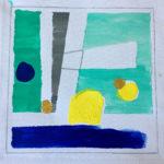 Türkis, blau und Gelb, sowie zwei goldene Tupfer. Trapeze, Dreiecke und Kreise ergeben ein kubistische Arrangement, das wie eine Landschaft im Sonnenuntergang anmutet.